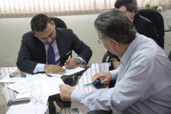 Amsia Motors assina documento para implantação de fábrica em Sete Lagoas.