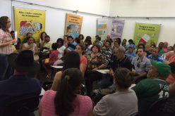 Feirantes participam de Curso de Manipulação de Alimentos