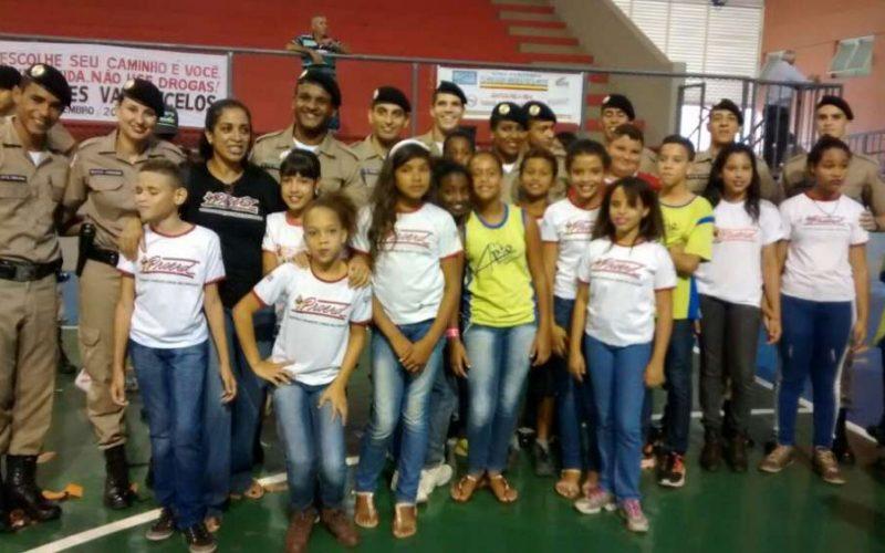 Proerd realiza formatura de alunos de escolas de Sete Lagoas e Funilândia