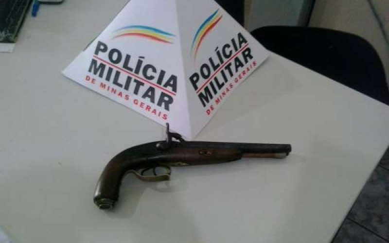 PM apreende menor com arma de fogo