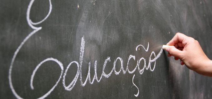 Escola Tatu Bolinha adota programa de educação bilíngue