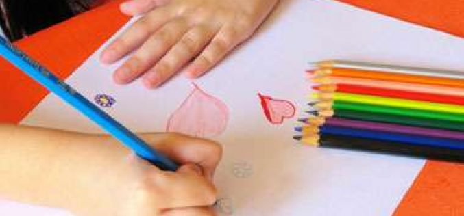 Servas arrecada material escolar para crianças de creches e abrigos