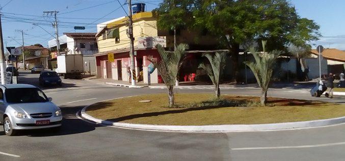 Inauguração da obra no cruzamento da Rua Santa Juliana