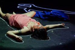 """A 4ª Temporada de Teatro de Sete Lagoas apresenta o Espetáculo """"Rosa Choque""""."""