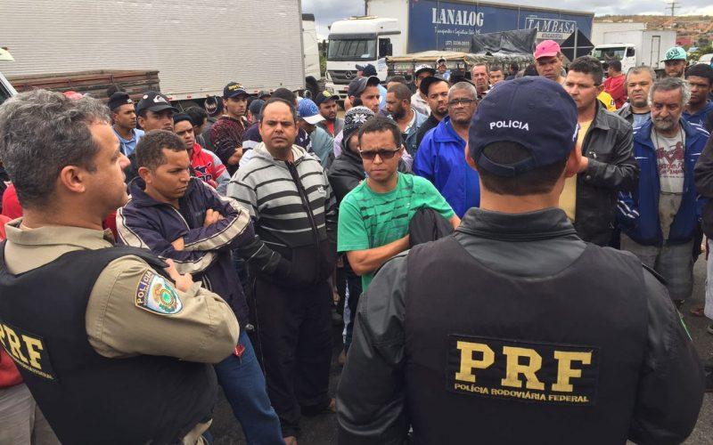 Manifestação de caminhoneiros nas Rodovias Federais