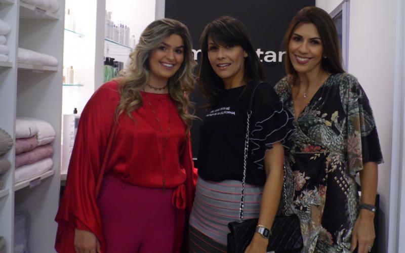 A Semana da Moda MMartan contou com as presenças das Blogueiras Bruna Vitória, Cristina Saliba e Paula Lorentz