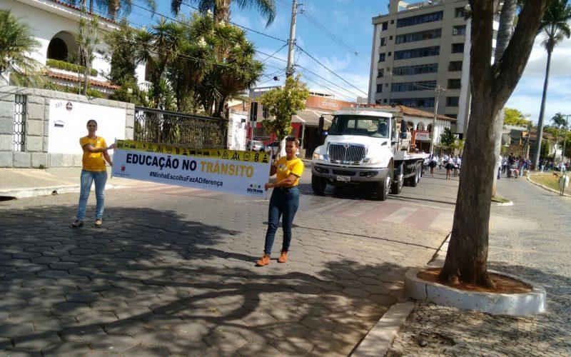 Semana Nacional do trânsito: Passeata em prol de um trânsito mais seguro