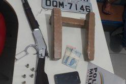 Autores são presos ao tentar trocar drogas por carro roubado em BH.