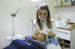 Sonhando com a sobrancelha perfeita? Então, você não pode deixar de conferir o trabalho de Camila Amaral