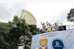 Ala de dança ganha destaque no bloco Baianas Ozadas em 2018