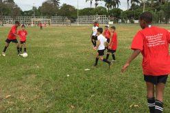 Fazenda Velha recebe escolinha de futebol da Prefeitura