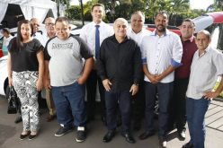 Deputado Douglas Melo entrega oito veículos para atendimento à saúde e infraestrutura da região