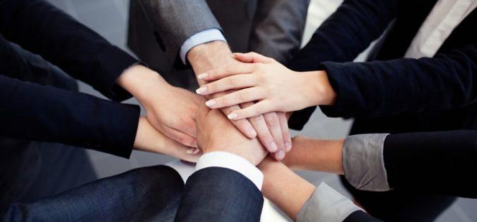 Como deixar de ser chefe e se tornar um líder positivo?