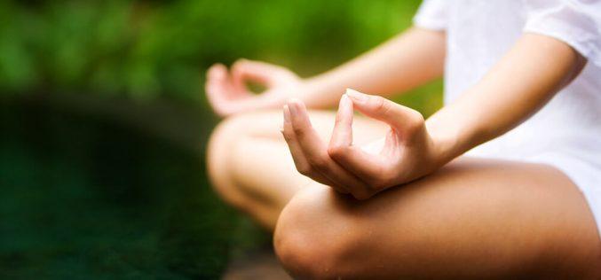 A yoga pode ajudar na saúde das mães