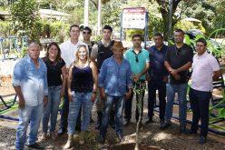 Deputado Douglas Melo entrega mais uma Academia ao Ar Livre para Prudente de Morais