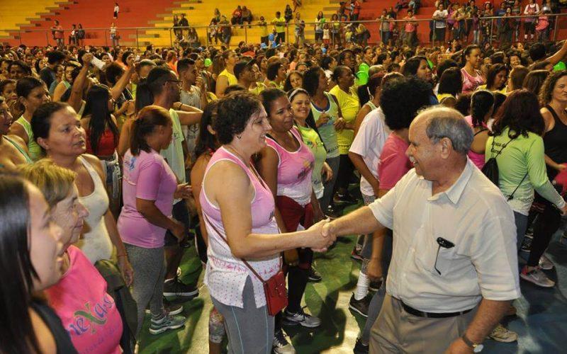 Prefeitura promove noite especial para 1200 mulheres do programa Saúde em Movimento