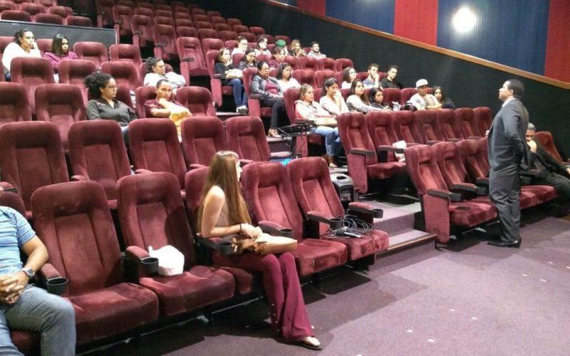 """Cine-Debate tem sessão com filme """"Doze Homens e Uma Sentença"""""""