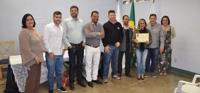 Cramam formou mais 30 alunos do curso de Barbeiro