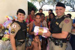 Polícia Militar realiza entrega de agasalhos arrecadados na Campanha do Agasalho 2018