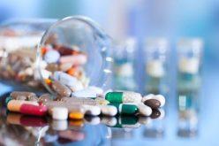 Câmara volta atrás e mantém proibição do Executivo à doação de amostras grátis de remédios à população