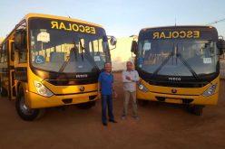 Sete Lagoas recebe dois ônibus para o transporte escolar