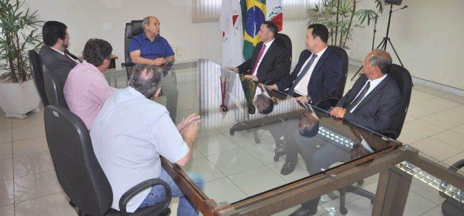 Reforço para o Judiciário e tema de encontro entre prefeito e magistrados
