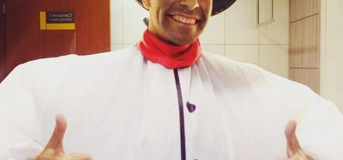Ricardo Bello garante muitas risadas com seu show em BH