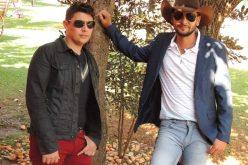 Leve a dupla Pedro & Santiago para animar a sua festa!