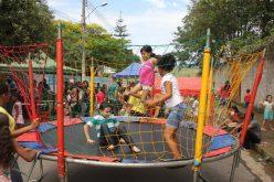 Caravana do Lazer oferece serviços e diversão no bairro Padre Teodoro