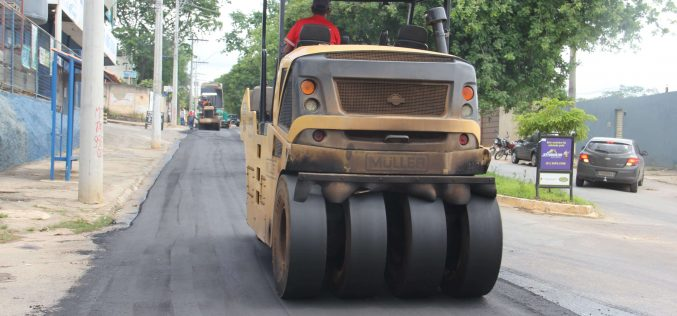 Prefeitura recupera grande trecho da rua Professor Abeylard