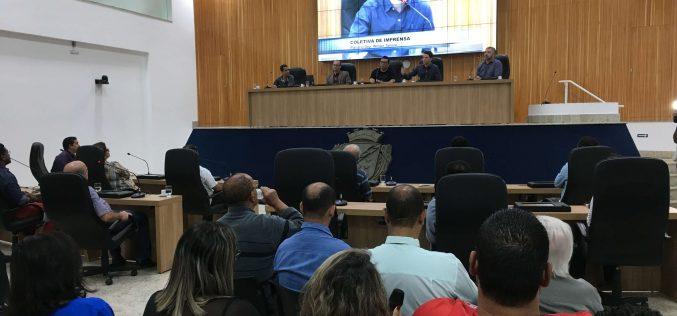 Vereadores têm primeiro contato com novo Plenário em encontro com jornalistas
