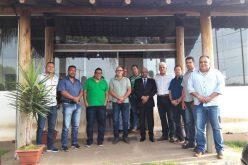 Prefeito Cláudio Caramelo reconhece importância da AMAV para a região