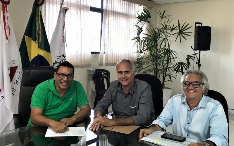 Serviço de limpeza urbana ganha atenção especial do prefeito Cláudio Caramelo