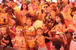 Pré-carnaval embala pequenos foliões