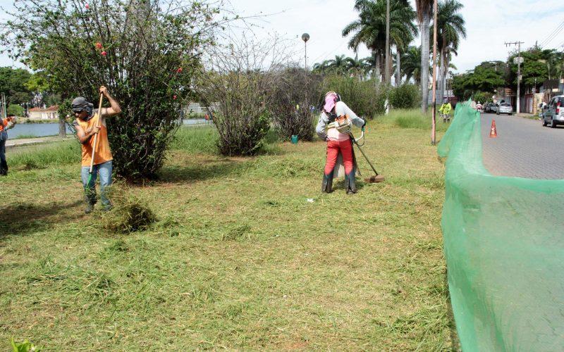 Limpeza de vias e espaços públicos de Sete Lagoas também é prioridade da Prefeitura