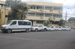 Cinco novos veículos entregues à Secretaria de Saúde