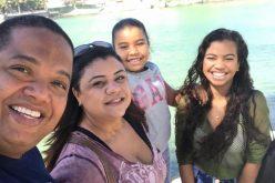 Mães que viajam sem os filhos: o que fazer?