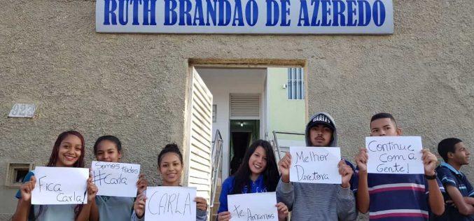 Alunos da escola Ruth Brandão se mobilizam contra afastamento da diretora Carla Borges