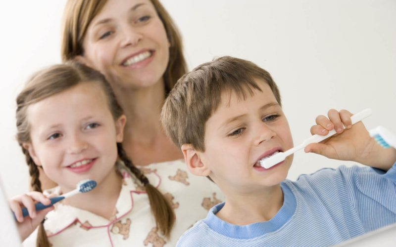 5 Dúvidas frequentes sobre cuidado bucal infantil