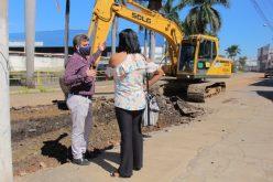 Obras de pavimentação na av. Renato Azeredo chegam em sua terceira semana