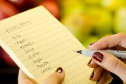 Aprenda 5 dicas práticas para planejar a lista de compras do supermercado