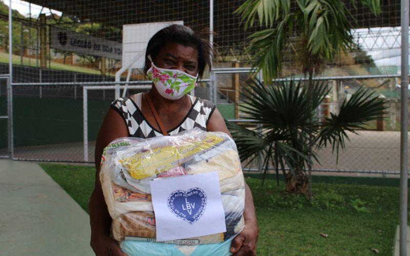 Um milhão quilos de doações entregues a famílias em vulnerabilidade em todo o país