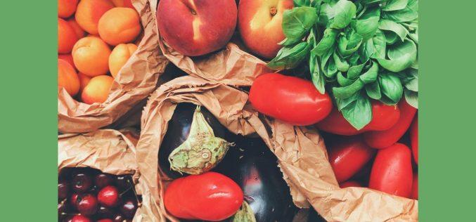 Alimentação balanceada auxilia na saúde bucal