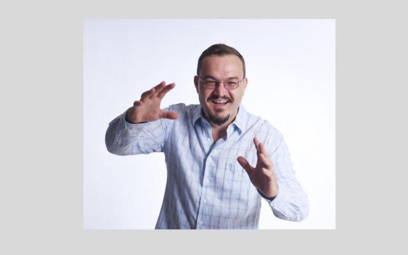 Papo com o autor: Entrevista Exclusiva com Rodrigo Pazzinatto